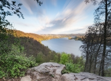 Thorsten Lasrich - Mit Blick auf den See