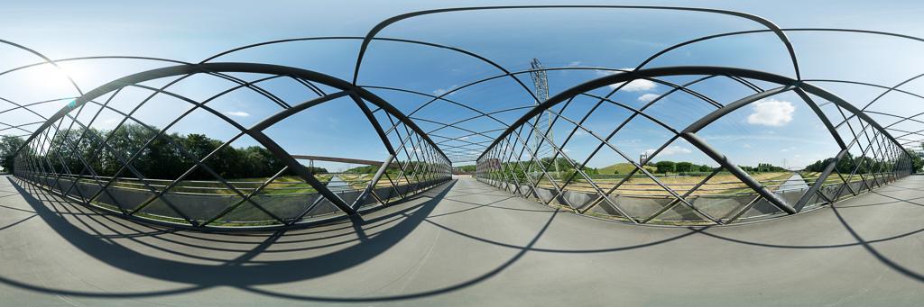Marion Falkowski - Kastenbrücke